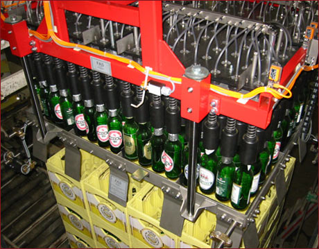 Complete lines 3 - Example: Bottle gripper device with centering and entering guide device for automatic repacking system