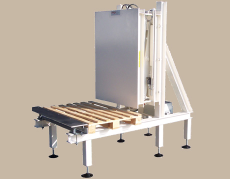 Pallet push off device 1 -